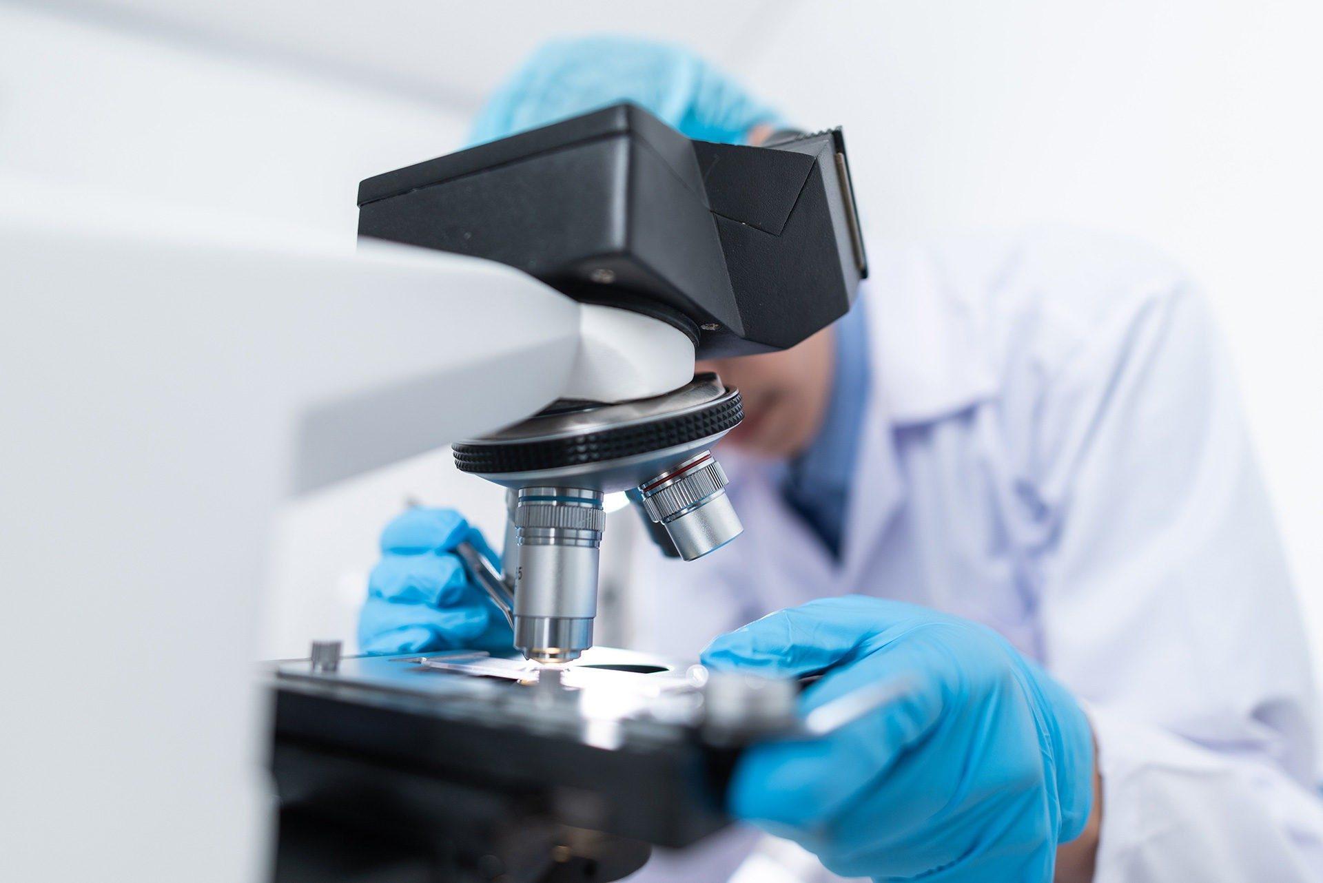 Είναι η Κατάψυξη Ωαρίων ή η Κατάψυξη Εμβρύων η Καλύτερη Μέθοδος για τη Διατήρηση της Γονιμότητας;